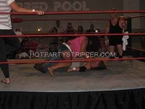 minneapolis midget strippers wrestling